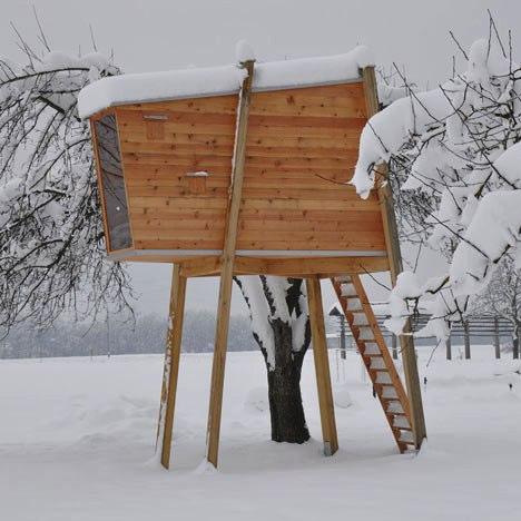 A Casa na Árvore de Ravnikar Potokar