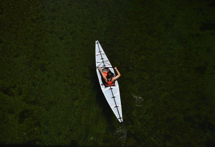 O Oru Kayak é um caiaque leve, compacto e projetado para ser montado no menor tempo possível. E o produto final ficou tão bom que ele é exibido no San Francisco Museum of Modern Art.
