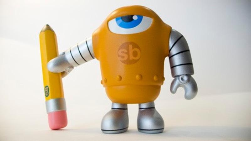 sketchBot é o nome do novo toyart de Steve Talkowski e esse novo objeto deve chegar ao mercado em 2009, depois do NYCC. Esse trabalho foi veio usando resina e, eventualmente, o projeto final foi refeito em vinil com um visual fora do comum.