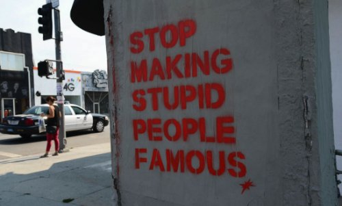 Stop Making Stupid People Famous_04