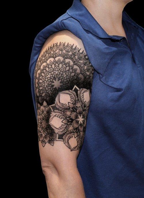 as tatuagens de Chaim Machlev