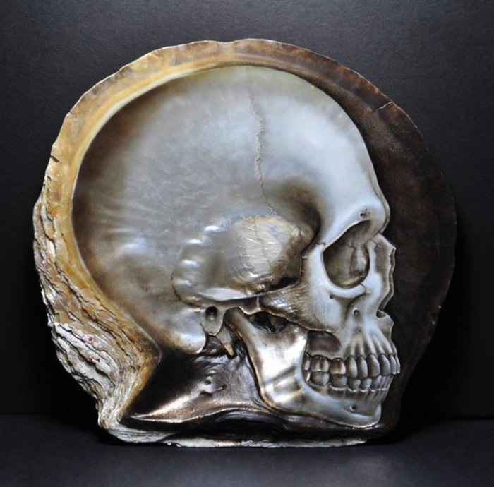 Gregory Raymond Halili Skulls 04