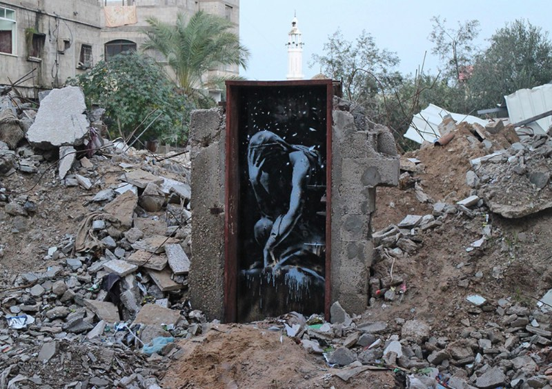 Banksy visita Gaza Cover