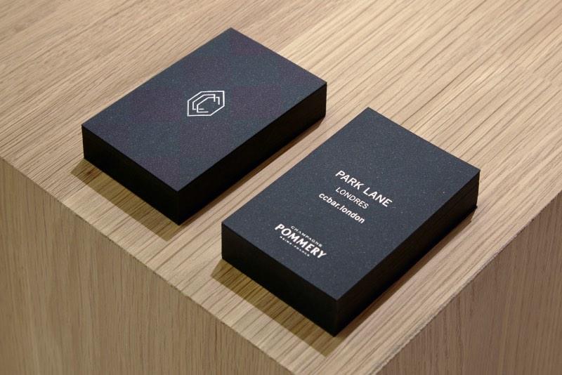 Freytag Anderson é o nome do estúdio que surgiu da cooperação entre Greig Anderson e Daniel Freytag. Baseados em Glasgow, seu trabalho de design é focado na criação de logos, brochuras, embalagens e sistemas de identidade visual. E eles fazem isso muito bem.