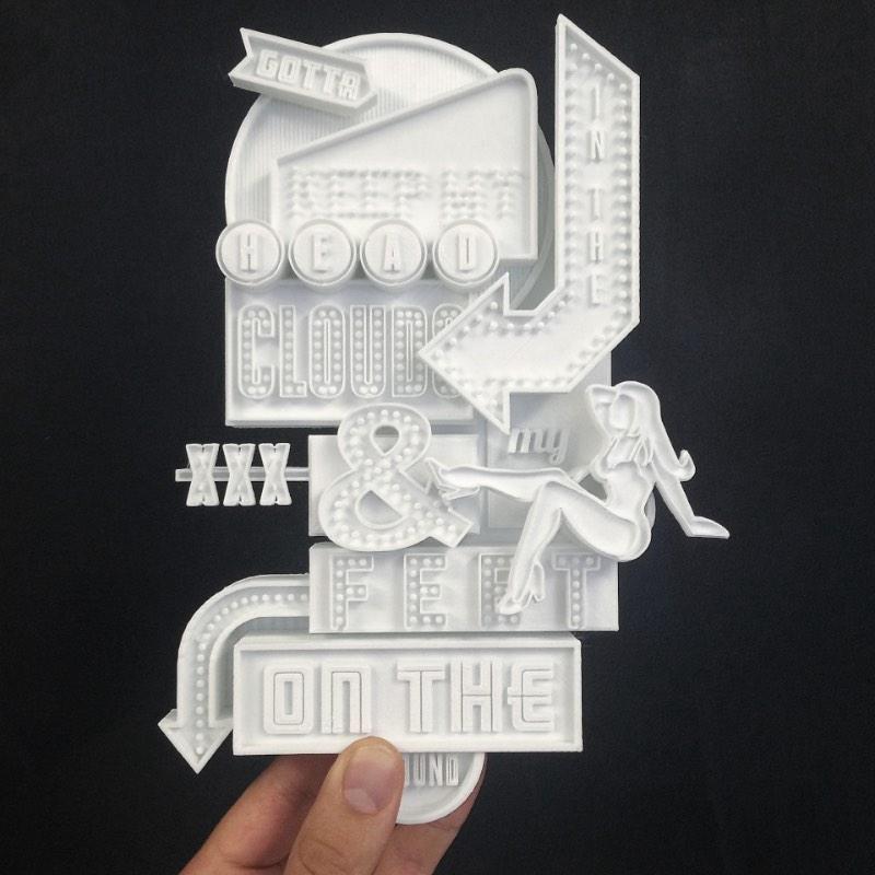 Ben Johnston extrapola os limites do papel com seu trabalho de design gráfico que mistura lettering, caligrafia e tipografia.