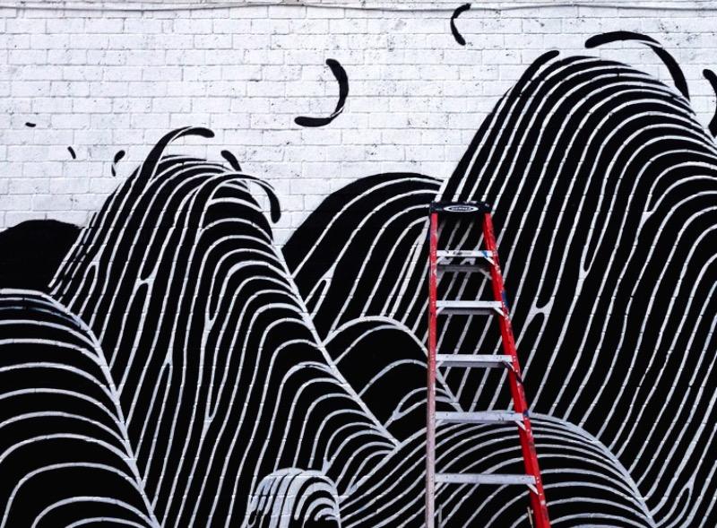 Brendan Monroe mora em Oakland, na Califórnia, com sua esposa e seu gato. Algumas vezes ele aceita projetos de ilustração mas seu dia a dia é, normalmente, feito de pinturas e esculturas que ele cria para exposições. Essas obras são feitas para questionar o que ele sabe e onde ele trabalha. Abaixo você podem ver algumas das imagens e esculturas que ele cria.