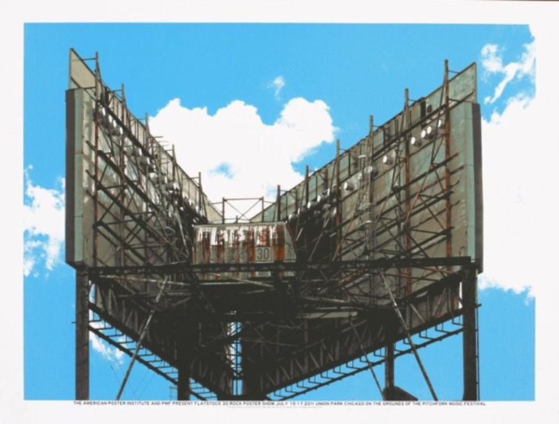 Crosshair é um estúdio de design gráfico e screen printing lá de Chicago. A maioria do seu trabalho é voltado para a criação de posters musicais em séries limitadas e que podem ser adquiridos facilmente na loja online deles.