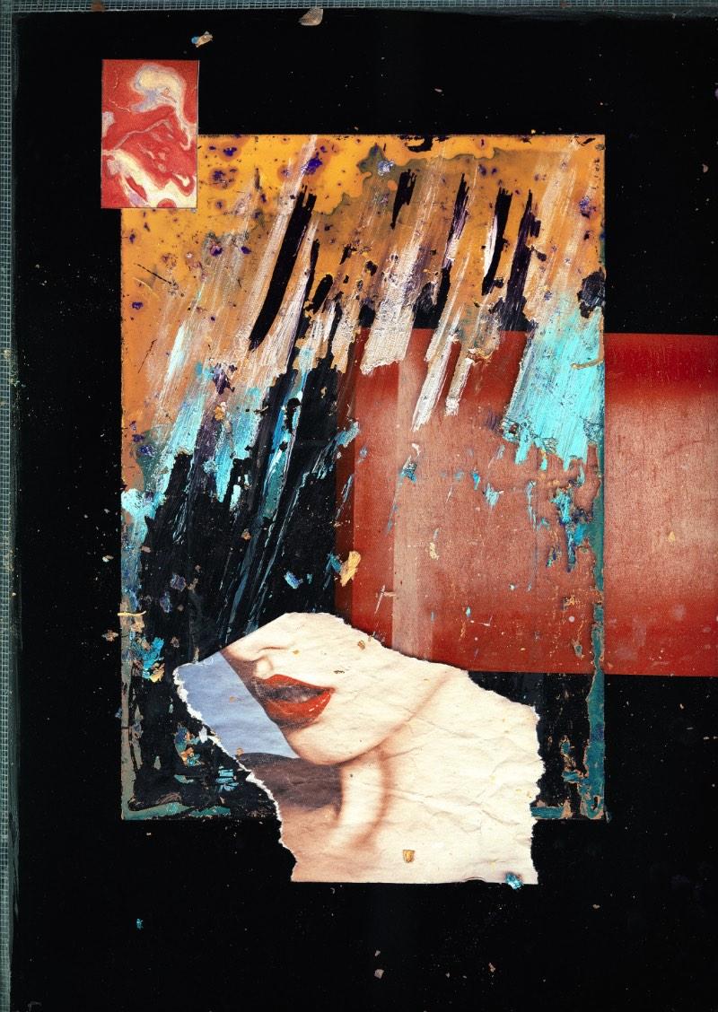 É fácil se perder nos detalhes das colagens e pinturas de John Leigh, mais conhecido online pelo seu pseudônimo Karborn. O artista baseado em Londres trabalha misturando elementos orgânicos com processos digitais e cria colagens cheias de detalhes e histórias. Nas imagens abaixo você vai ver algumas imagens selecionadas direto do seu portfólio online. Se você gostar do que vê, não se esqueça de dar uma passada na loja online dele para, quem sabe, adquirir algumas das suas belíssimas peças.