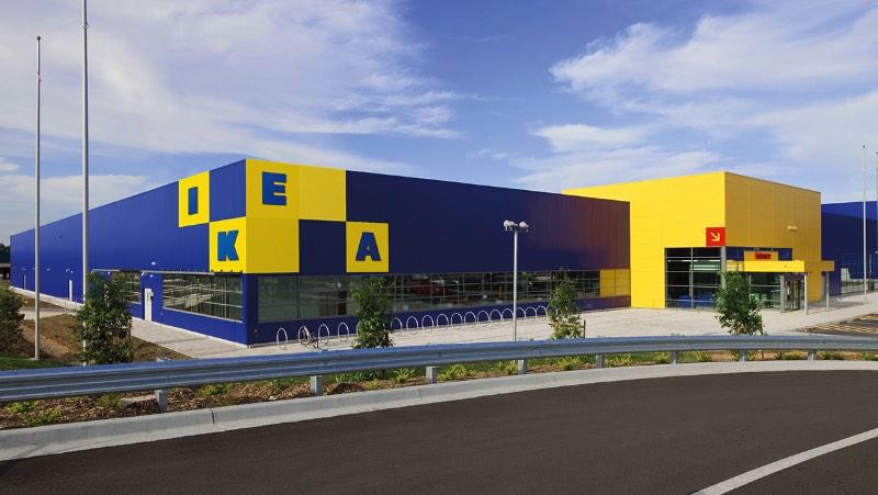 Em outubro de 2015, a ICON Magazine convidou os diretores de criação da Freytag Anderson, Daniel Freytag e Greig Anderson, para contribuir para a edição da revista chamada Rethink. E a ideia dessa edição da revista era repensar o logo de uma marca que eles acreditam que precisa ser revisto. Foi assim que eles criaram um novo logo para IKEA.