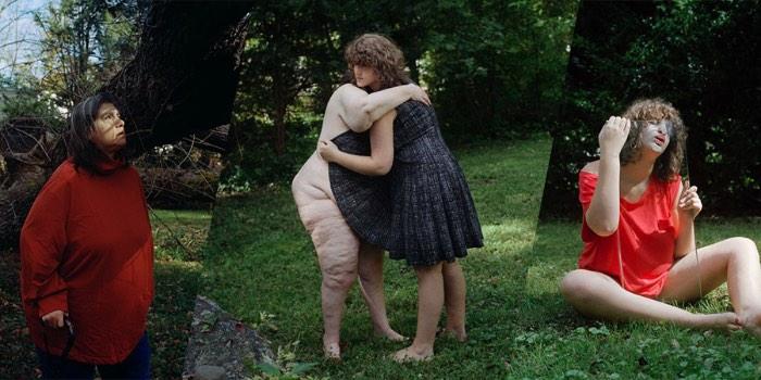 Body Becoming é uma série fotográfica de autoria de Leah Edelman-Brier que tem como finalidade construir a beleza através do que parece ser grotesco. E a fotógrafa faz isso através do questionamento da resiliência do corpo humano.
