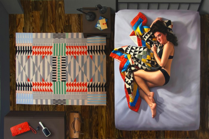 Nas pinturas de Karen Ann Myers, o quarto das mulheres é um ambiente quase sagrado. Um local que existe em todas as suas pinturas e, mesmo não sendo reais, refletem o que a artista acredita que passa na cabeça da maioria das mulheres.