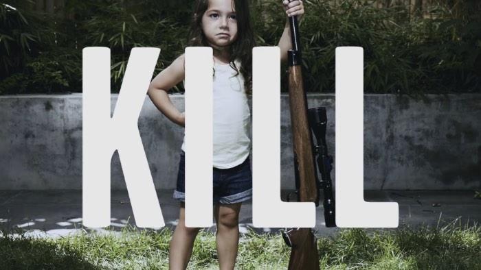 É com uma campanha chamada Armas não matam Pessoas, Crianças com Armas matam Pessoas que a McCann de Nova Iorque apela para o mundo para a prevenção da violência por armas de fogo. Tudo isso de uma forma satírica que captura a atenção das pessoas e que mostra como as políticas americanas de controle de armas de fogo são peculiares e bem estúpidas.