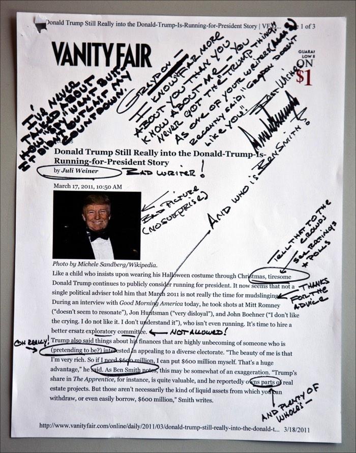 Tiny Hand é o nome da fonte criada pelo designer Mark Davis a pedido do pessoal do Buzzfeed. Inspirada na letra de mão do candidato a presidência dos Estados Unidos e pseudo milionário Donald Trump, essa fonte foi criado especialmente para um artigo editorial satirizando com suas anotações de pós debate.