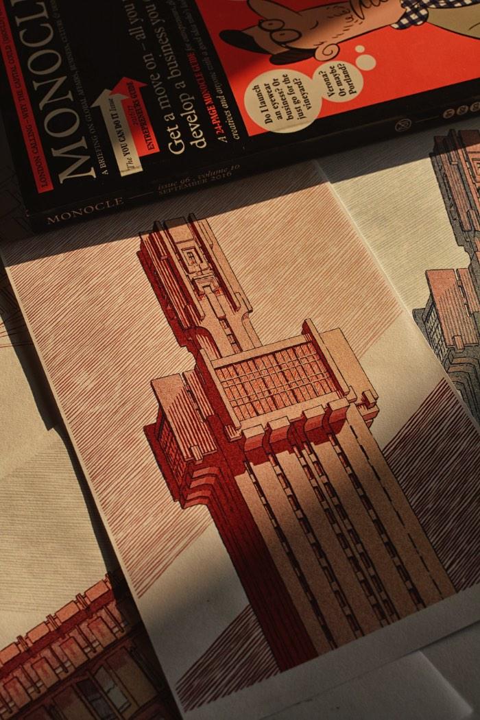Bartosz Kosowski é um ilustrador polonês cujo trabalho já apareceu aqui no blog duas vezes, uma em 2013 e outra em 2015. Agora, estou aqui publicando as ilustrações que ele fez focado nas Embaixada da Rússia em Havana, a Embaixada Britânica em Roma e Embaixada do Canadá em Tóquio. Esses desenhos bem arquitetônicos foram feitos para a revista Monocle usando uma Wacom CintiQ no Photoshop e você pode ver mais detalhes deste projeto logo abaixo.