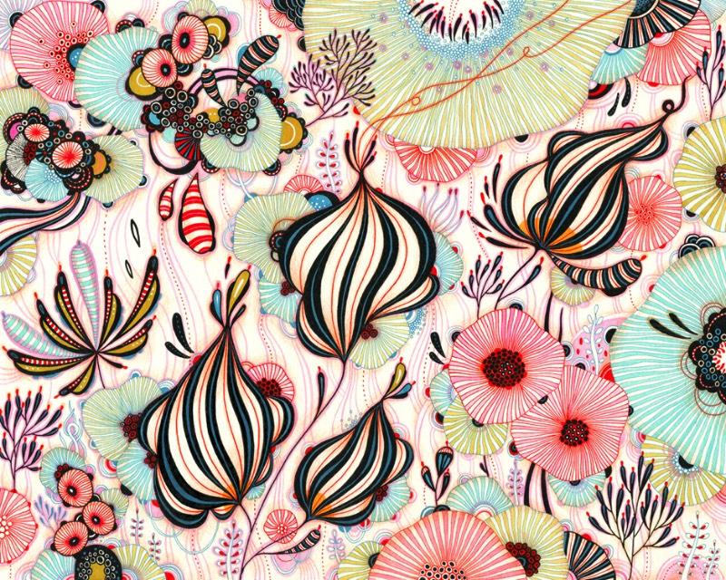 Yellena James é conhecida no mundo da arte pelas suas coloridas paisagens orgânicas que são ilustradas de forma bem autoral. Algumas dessas obras se assemelham a corais abstratos, cobertos por algas e anêmonas. Tudo isso é feito utilizando uma mistura de canetas, tinta acrílica e aquarelas. Tudo isso para criar um universo biológico repleto de formas orgânicas que só existem na mente da artista.