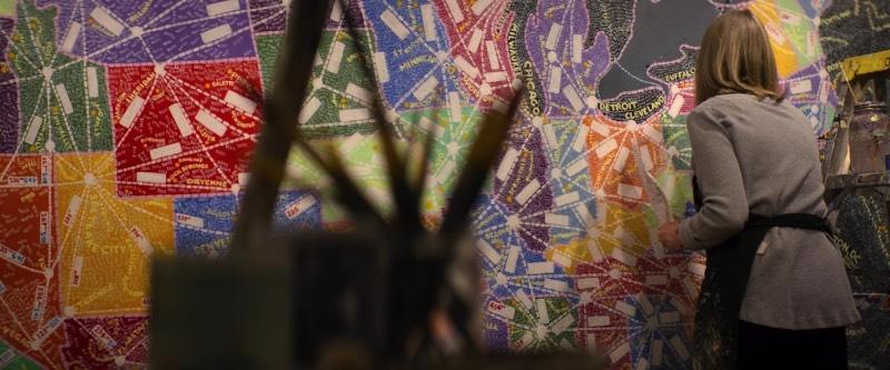Acredito que meu maior problema com Abstract: The Art of Design é o título da série em si. O fato da série receber o nome de abstrato é quase uma ofensa ao que um designer faz. Abstrato serve bem para descrever o trabalho de um artista como Jackson Pollock e Kandisnky mas não tem nada a ver com o trabalho de um designer. Afinal, o trabalho de um designer não tem nada de abstrato.