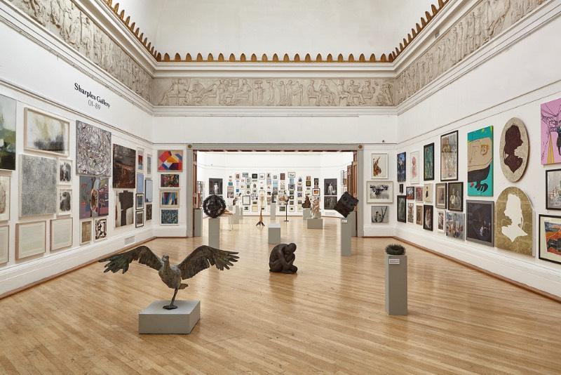 A RWA é a galeria de arte mais antiga de Bristol e expõe arte visual de todo o mundo no sudoeste britânico. A sigla RWA vem de Royal West Academy da Inglaterra e eles tem um programa extensivo de palestras, eventos, exposições e muita arte.