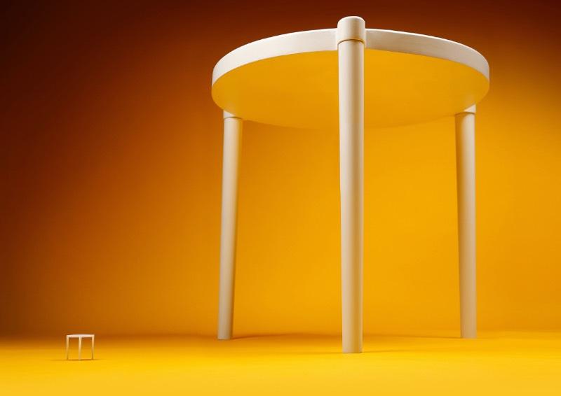 Devido a uma colaboração particular entre a Ikea e Pizza Hut, você já pode comprar uma versão em tamanho real daquelas pequenas mesas que protegem sua pizza de ser amassada e grudar na embalagem. Isso é de verdade, você leu certo. O único problema é que você precisa estar em Hong Kong para que essa compra seja possível, o que pode ser um problema.