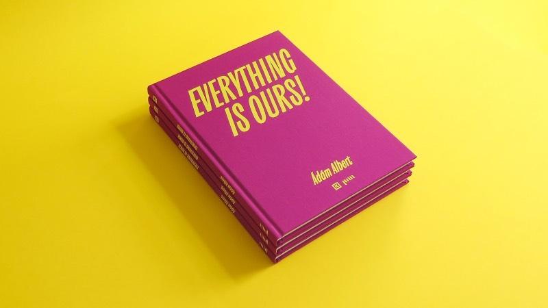 Adam Katyi é um designer e tipógrafo que estudou Type and Media na Royal Academy of Art em The Hague, na Holanda. Desde então, seu trabalho anda sendo voltado para a tipografia e o design gráfico. Foi assim que ele acabou fundando seu próprio estúdio, o Hungarumlaut, em Graz, na Áustria.